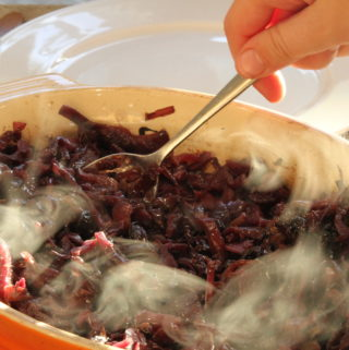 Spicy red cabbage