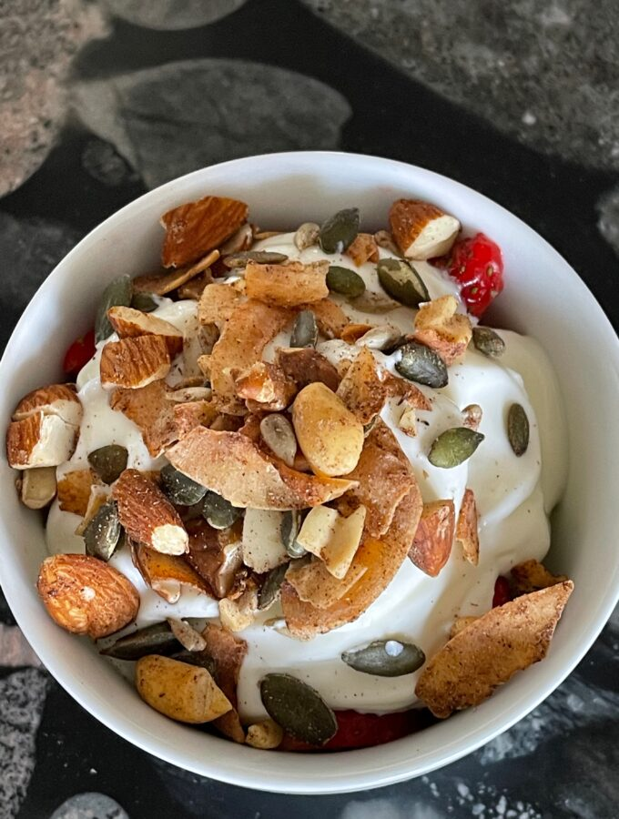 Crunchy nut muesli